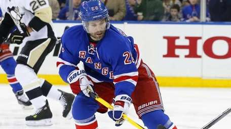 Martin St. Louis of the New York Rangers