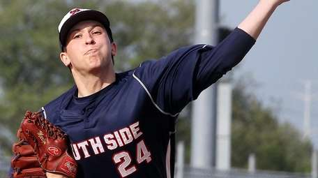 South Side pitcher Andrew Misiaszek delivers a pitch