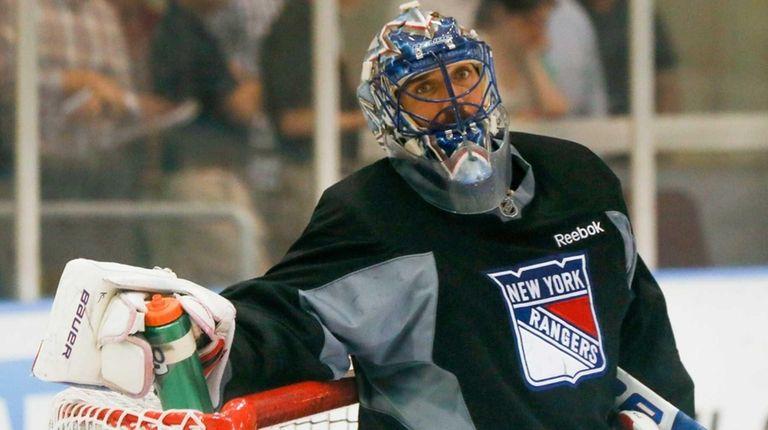 New York Rangers goalie Henrik Lundqvist takes a