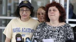 Howard and Susan Zemser, the parents of U.S.