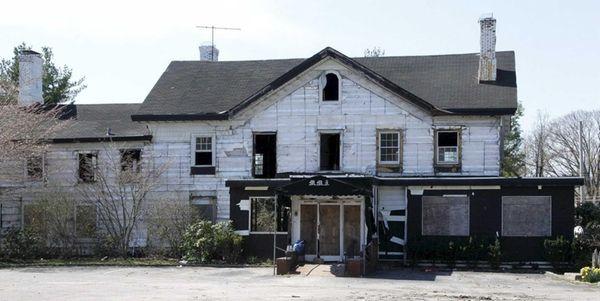 The landmarked Maine Maid Inn in Jericho, undergoing