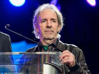 Harry Shearer is returning to