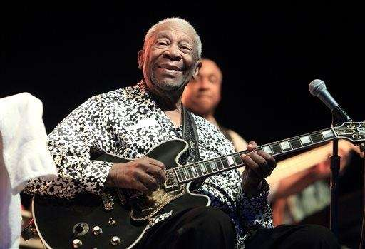 Blues music legend B.B. King performs on Framptons