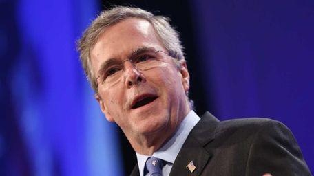 Former Florida Gov. Jeb Bush speaks to guests