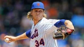 Noah Syndergaard #34 of the New York Mets