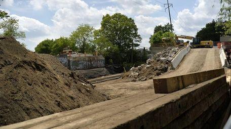 A view of Ellison Avenue bridge work in
