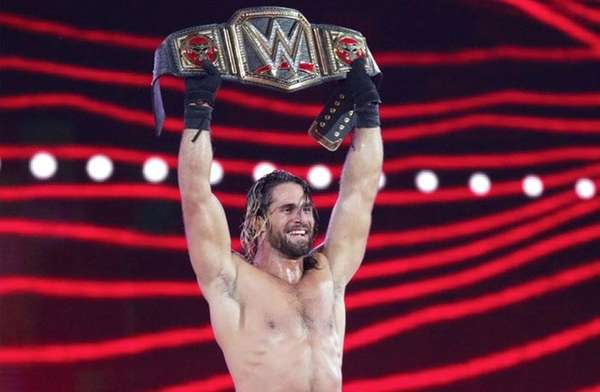 Seth Rollins retained the WWE World Heavyweight Title