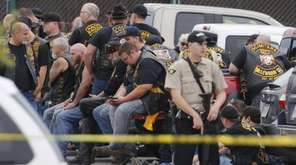 Waco, Texas police say nine members of rival