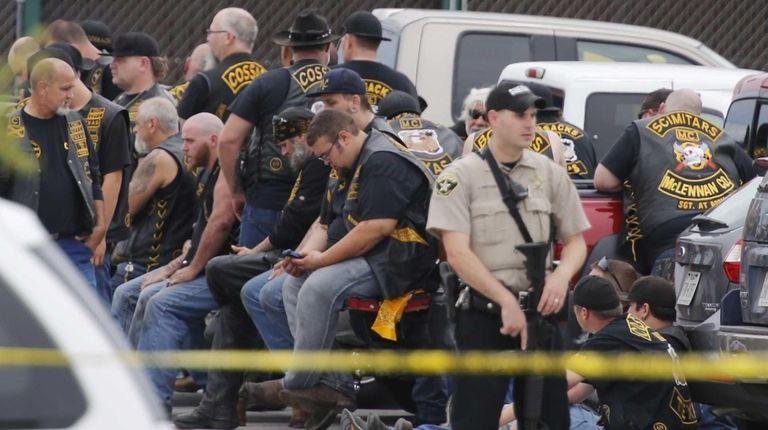 Waco, Texas police say nine members of rival