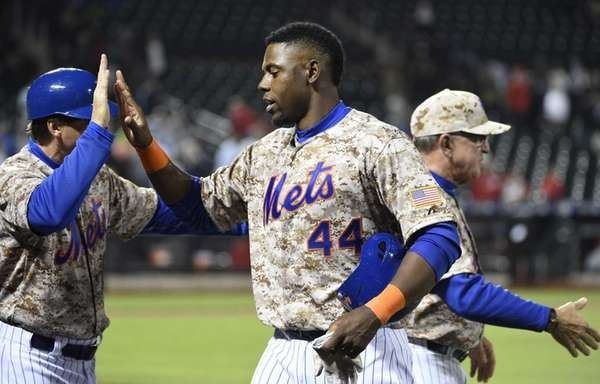 New York Mets leftfielder John Mayberry Jr. is