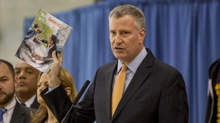 Mayor Bill de Blasio, along with NYHC Chair