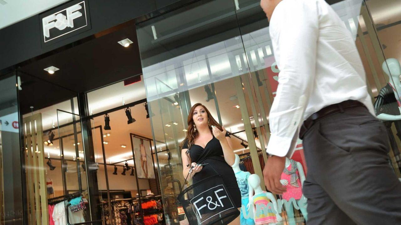 Shopping malls on Long Island | Newsday