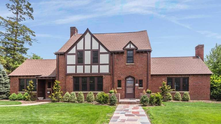 A 1925 Tudor home with many of its