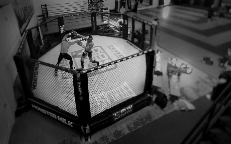 UFC middleweight champion Chris Weidman spars in the
