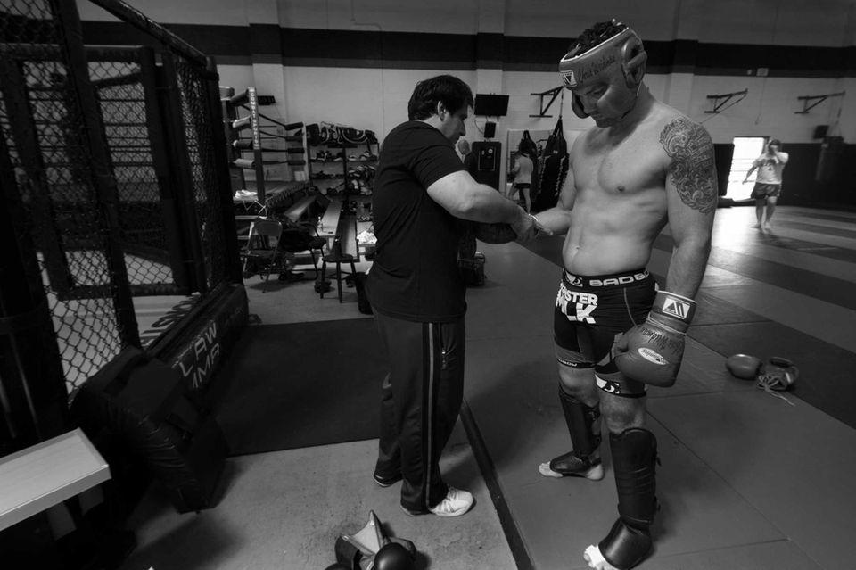 UFC middleweight champion Chris Weidman prepares for a