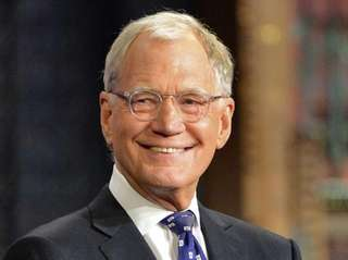 "David Letterman hosts his final broadcast of ""Late"
