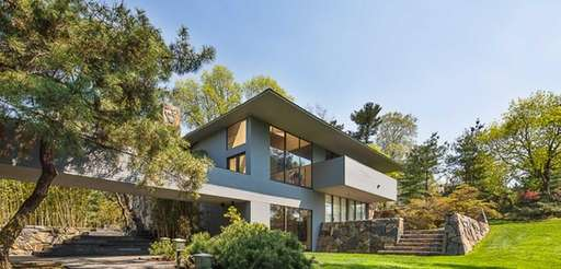 Architect Norman Jaffe designed this stone and slate