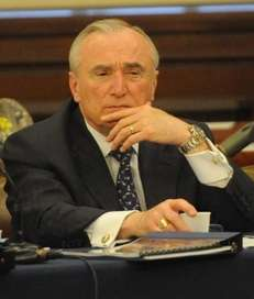 New York City Police Commissioner William Bratton addresses