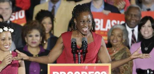 Chirlane McCray, right, wife of Mayor Bill de