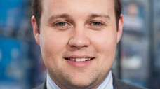 "Josh Duggar visits ""Extra"" at their New York"