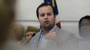 "Eldest ""19 Kids and Counting"" son Josh Duggar"