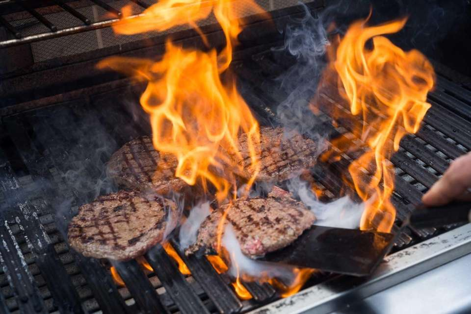 Russo grills burgers at a temperature of 525