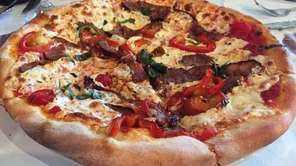The fra diavolo pizzette at Mama Mia of
