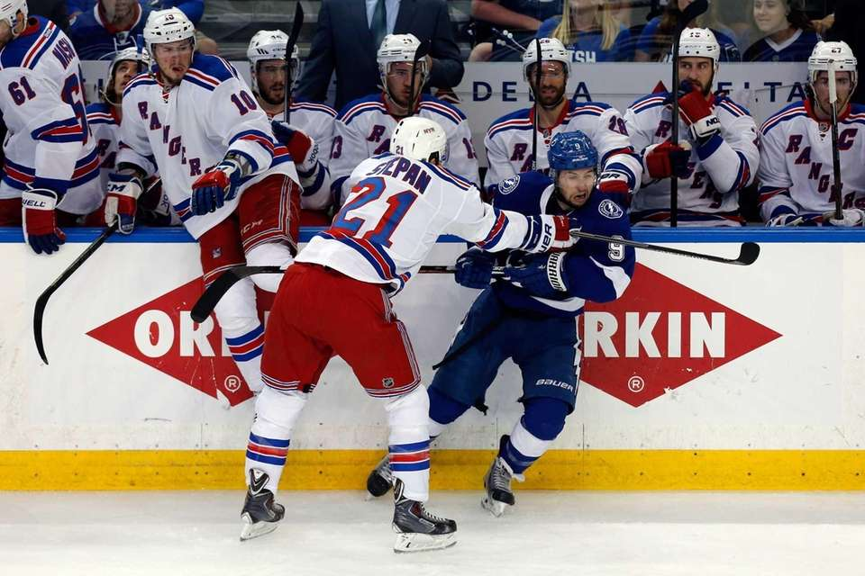Derek Stepan #21 of the New York Rangers
