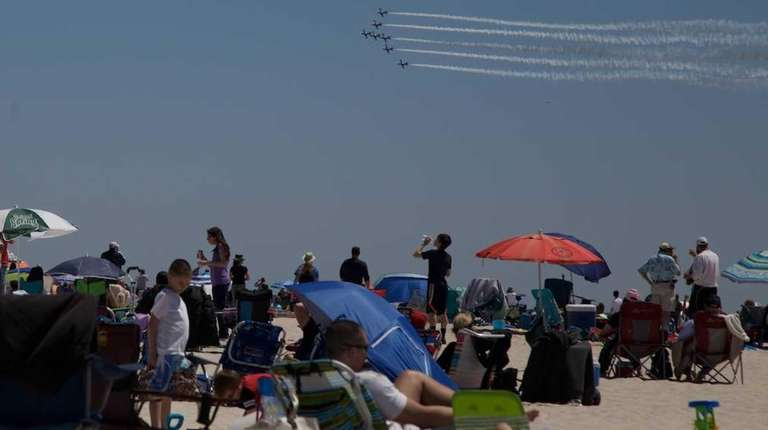The Breitling Jet Team performs during the 12th