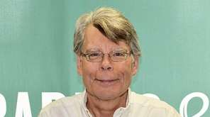 "Stephen King's new novel is ""Finders Keepers"" (Scribner)."