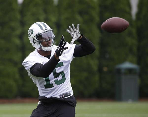 The New York Jets' Brandon Marshall catches a