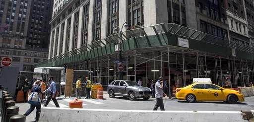 The existing building outside Grand Central Terminal on