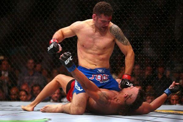 CHRIS WEIDMAN VS. VITOR BELFORT UFC 187,