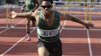 Longwood's Spencer Payton runs in the Division I