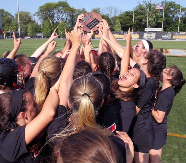 Mt. Sinai celebrates its win in the Long