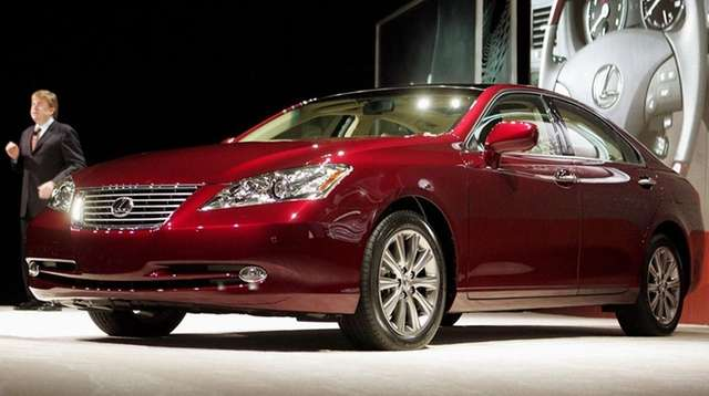 The 2007 to 2008 Lexus ES models are