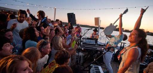 Nightlife in the Hamptons and Montauk.