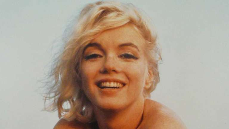 Marilyn Monroe on the beach at Santa Monica,