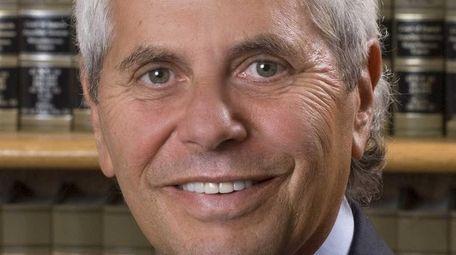 Steven J. Eisman, a divorce and family lawyer,
