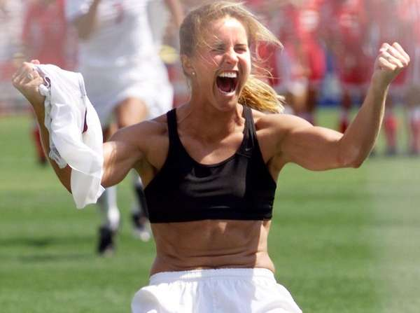 Soccer Star Brandi Chastain Says She Will Donate Her Brain To Science