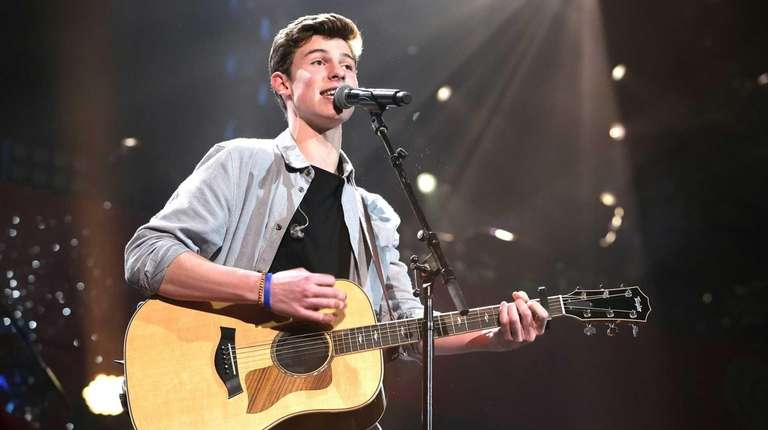 Shawn Mendes performs onstage during 93.3 FLZ's Jingle