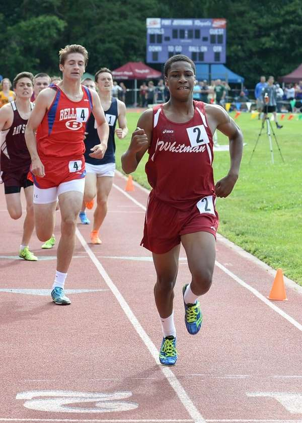 Whitman's Shamar Powell wins the boys 800-meter run