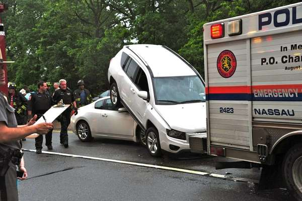 An accident on the westbound Southern State Parkway