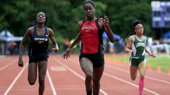 Half Hollow Hills East's Mary Chimezie wins the