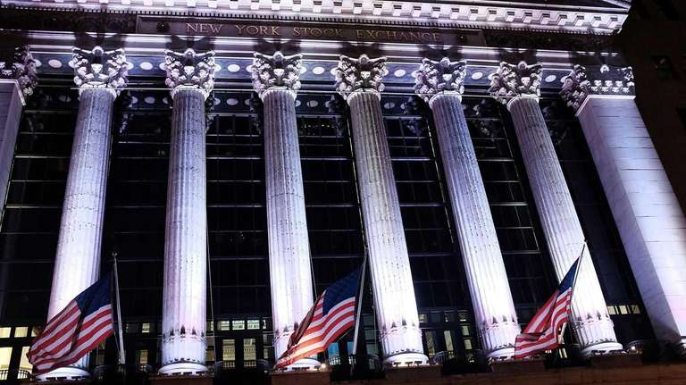 The New York Stock Exchange early June 4,
