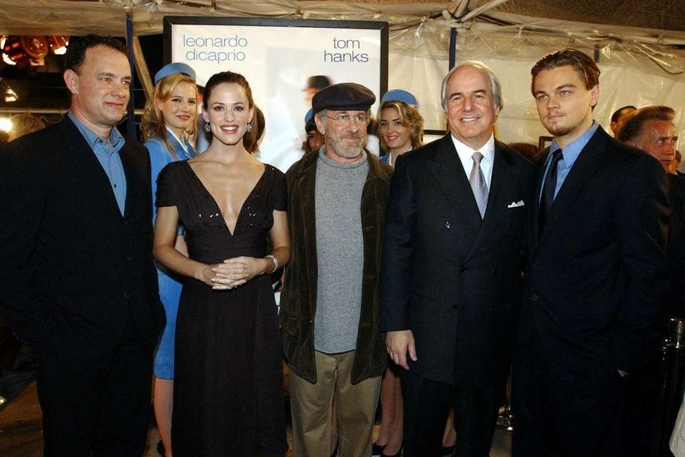 Tom Hanks, Jennifer Garner, Steven Spielberg, Frank Abagnale