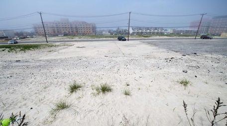 The Superblock property between Riverside Boulevard and Long