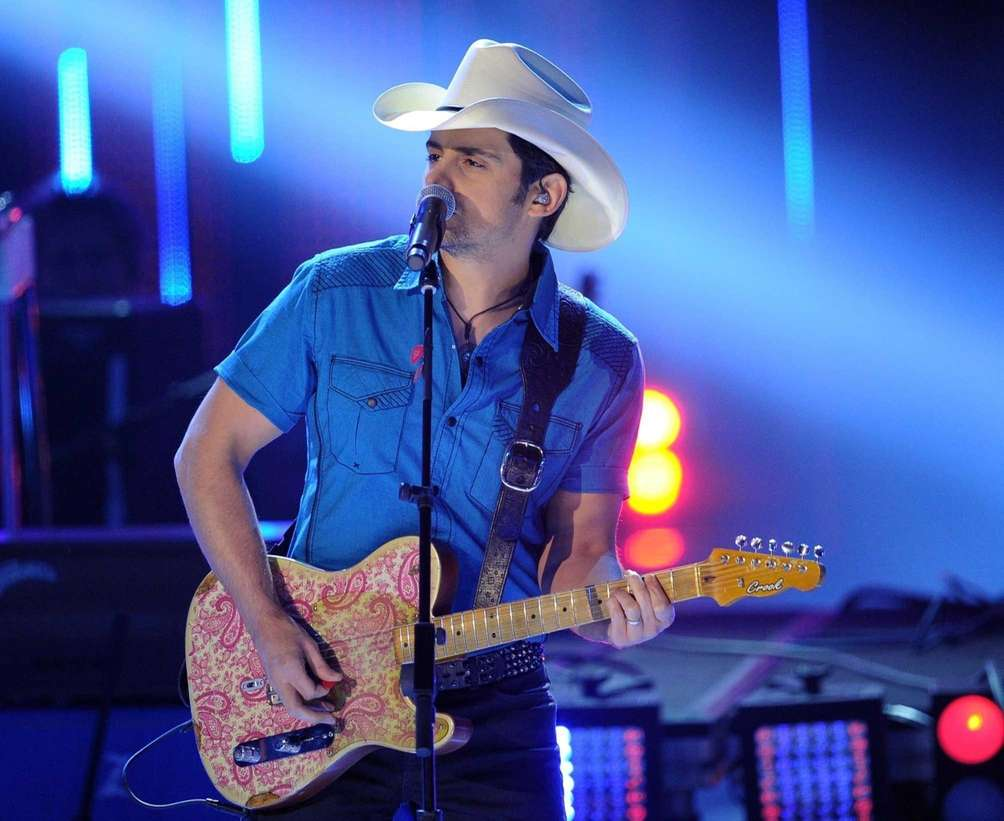 Brad Paisley performs at the 40th People's Choice