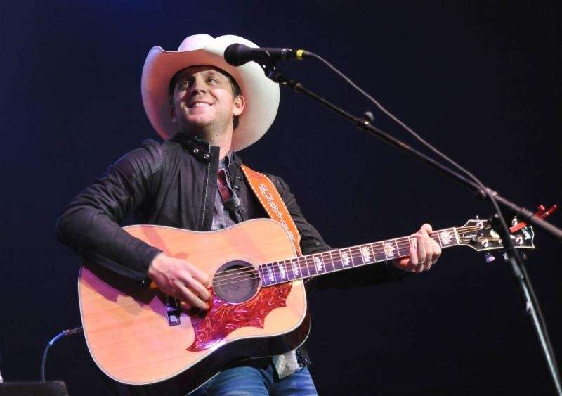 Justin Moore performs at NASH FM 94.7's