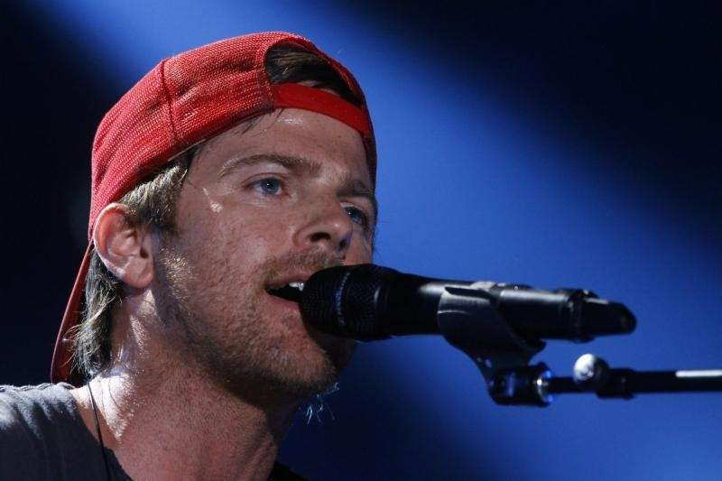 Kip Moore on day 2 of the 2013